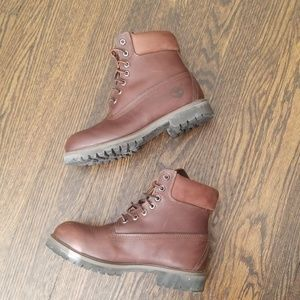 """Men's Timberland 6"""" Boots - Size 7.5"""